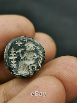 Ancient Rare neateastern Persia jade cylinderseal bead amulet