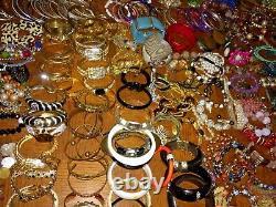 Job Lots 650 Bracelets Bangles 14 Kilos Rare MIX Bling Vintage Modern Glass Bead